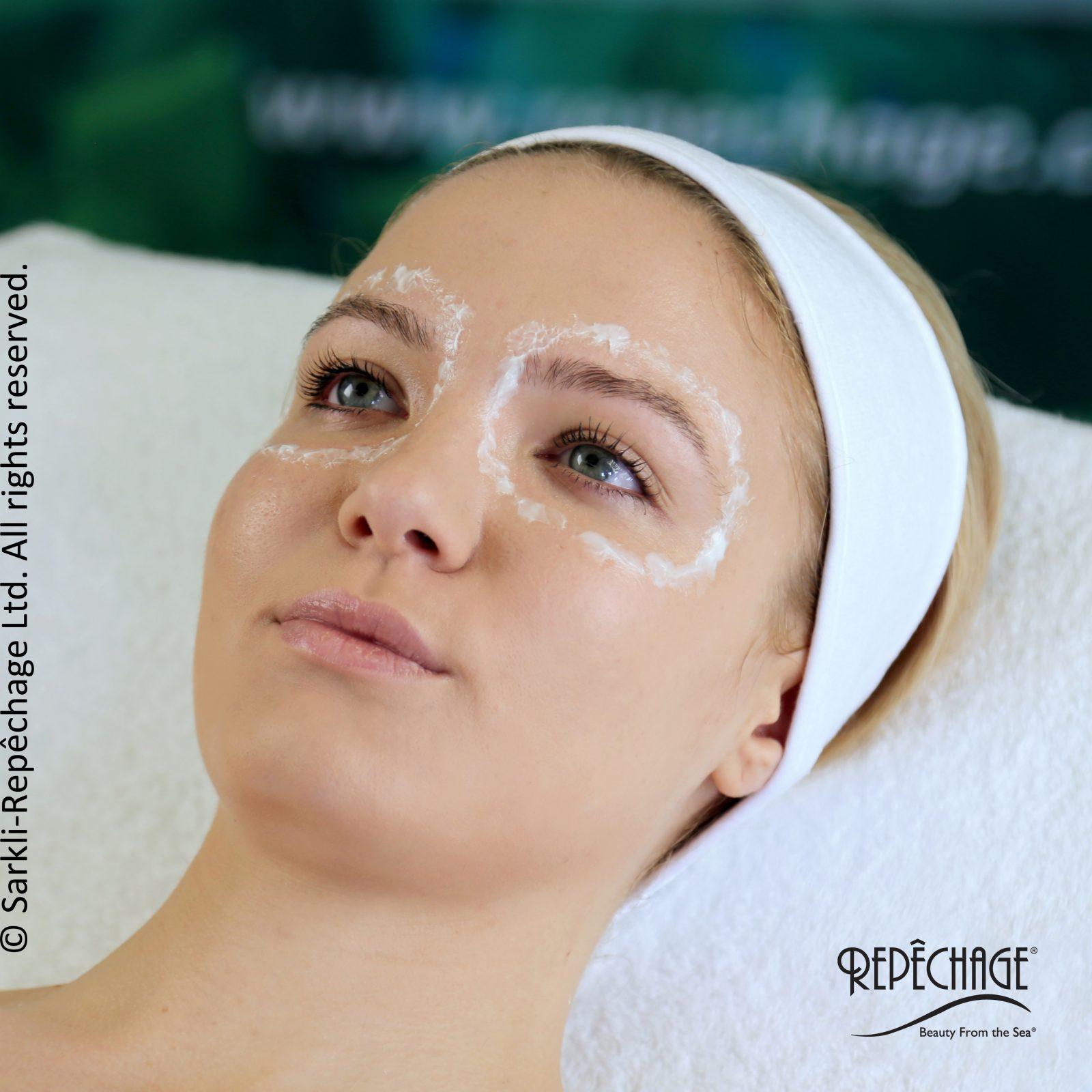 Zabieg poprawiający kontur oka Opti-Firm® Eye Contour Treatment krok 4
