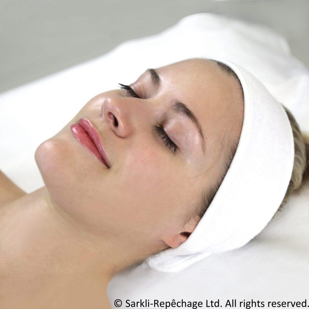 Pięciofazowy zabieg ujędrniający Vita Cura® 5 Phase Firming Facial